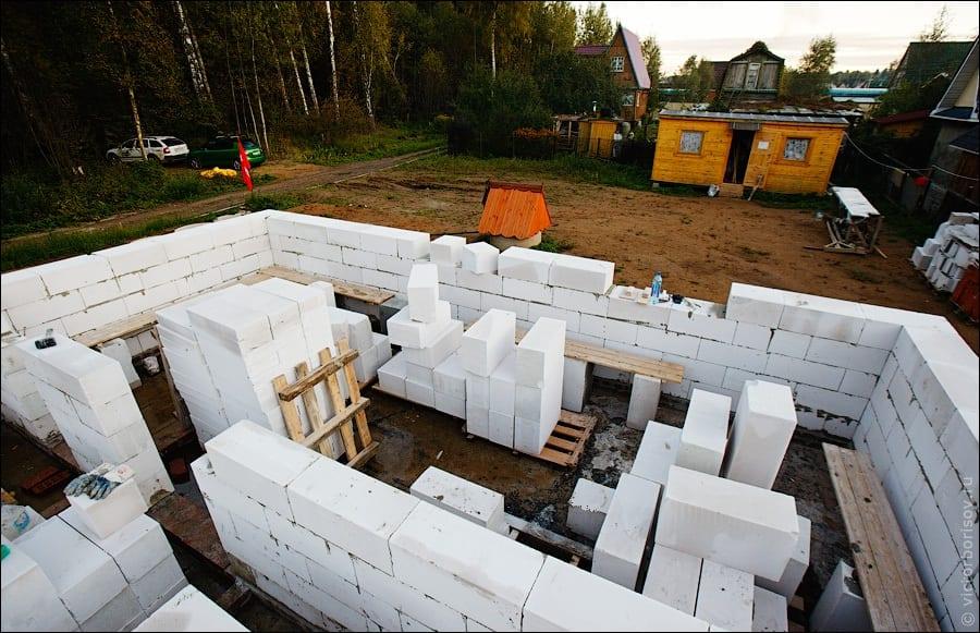 Строим дом из газоблока своими руками 93