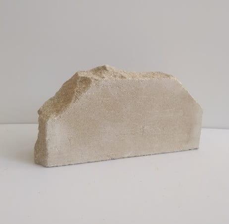 2- угловой кирпич фасонный полнотелый